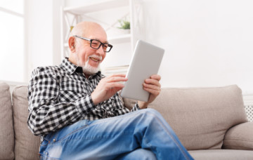 Using technology in memory care to increase engagement and improve communication