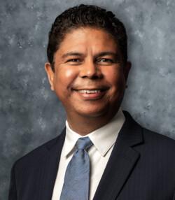Luis Colon Headshot